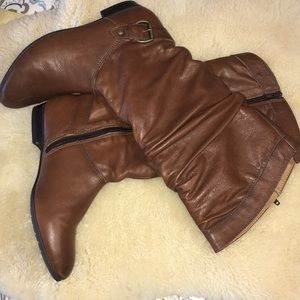 Aldo Slouched Low-heeled Leather Boots. Sz 8